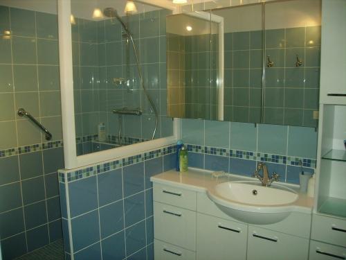 Installateur salle de bain rouen for Club cuisine et salle de bain bcbg